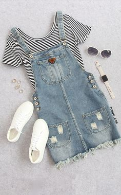 Cute summer thin striped crop t shirt with denim overall dress romwe com best punk outfits ideas Teen Fashion Outfits, Mode Outfits, Outfits For Teens, Summer Outfits, Girl Outfits, Dress Outfits, Dress Summer, Summer Clothes, Teenage Outfits