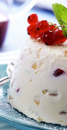 Cassata glaçcée Casata Cake, Sorbets, Vegan Ice Cream, Ice Ice Baby, Pavlova, Ice Cream Recipes, Italian Recipes, Biscuits, Gelato