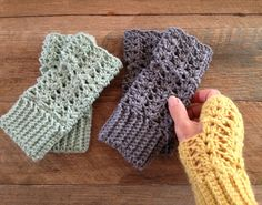 Little Golden Nook:  Fingerless gloves from free pattern here: http://gettinghookedoncrafts.blogspot.com.au/2010/11/free-crochet-pattern-fingerless-gloves.html