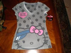 New Juniors Size Small Hello Kitty Adorable Shirt in Gray..free shipping