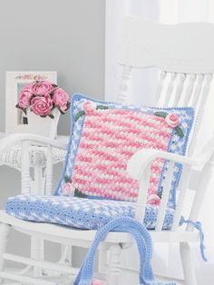 Pillow - Free Crochet Pattern - (yarnspirations)