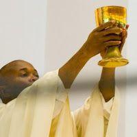 Lectura y música para el alma: Ungidos y consagrados para ejercer el sacerdocio.....