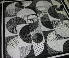 drunkard's path quilt | ... Patchwork - Black & White Drunkards Path Quilt Kit With Templates