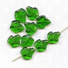 Green Glass Ivy Leaf Beads Vintage 15 mm 10 by PickleValentine, $5.00