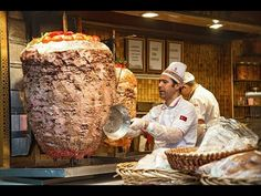 Where to Eat the Best Street Food in Istanbul? Where to Find the Most Delicious Dishes of Turkish Cuisine. Istanbul Self-Guided Culinary Tour. Best Street Food, Indian Street Food, Burger Meat, Kebab Meat, Bagel Shop, Turkish Breakfast, World's Best Food, Delicious Restaurant, Food Places