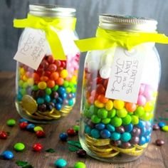 Great idea for Elizabeth's my little pony birthday party!   Rainbow in a Jar.
