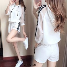 Casual Sporty Outfits, Cute Comfy Outfits, Casual Suit, Ulzzang Fashion, Asian Fashion, Teenager Mode, Korean Outfits, Kawaii Fashion, Aesthetic Clothes