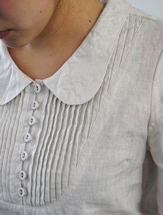 linen blouse pintuck, collar and button details