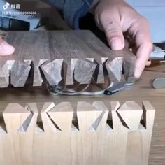 Woodworking Joints, Woodworking Techniques, Woodworking Projects Diy, Woodworking Wood, Diy Wood Projects, Wood Crafts, Japanese Joinery, Wood Joints, Diy Shops