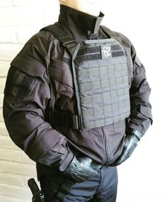 Plate Carrier, Body Armor, Canada Goose Jackets, Germany, Winter Jackets, Winter Coats, Winter Vest Outfits, Deutsch