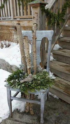 Front porch # christmas deco balcony Front porch # winter decor outside Front porch # christmas deco balcony . Spring Garden, Winter Garden, Porch Veranda, Front Yard Design, Porch Garden, Deco Floral, Amazing Gardens, Spring Flowers, Front Porch