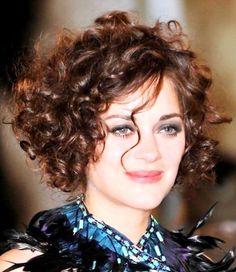 short curly haircuts ideas