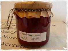 Jostabeeren-Marmelade mit Apfel
