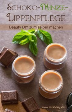 DIY: Lippenpflege selber machen - Schoko-Minze-Lippenbalsam Make lip care yourself is not that difficult - this recipe for a creamy chocolate-mint lip balm consists of only three main ingredients plus
