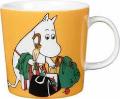"Arabia's mug ""Moominmamma apricot"" (Muumimamma aprikoosi) with elegant shape and kind motif from the Moomin world. Charming pottery from Finland. Secure payments and worldwide shipping within 24 hours. Ceramic Tableware, Ceramic Mugs, Moomin Mugs, Yellow Mugs, Magic Bag, Tove Jansson, 6 Pack, Porcelain Mugs, Beige"
