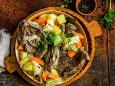 Irish Stew, Pot Roast, Ethnic Recipes, Food, Carne Asada, Hoods, Meals