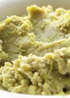 Puré de favas com funcho Custo, Healthy Recipes, Healthy Food, Side Dishes, Oatmeal, Fish, Meat, Breakfast, Ethnic Recipes