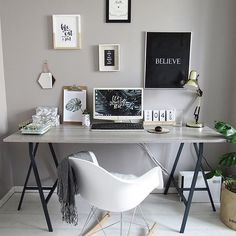 grey and work workspace with gallery wall #workspacegoals More