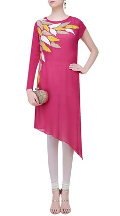 Beautiful side cut kurti-SUUDK18822  #indiabazaaronline #Kurti #Embroidery #Pink #Casual #LongKameez #LongKurti #LongSleeves #MadeOnOrder #PartyWear #PlusSizeDress #Tunics