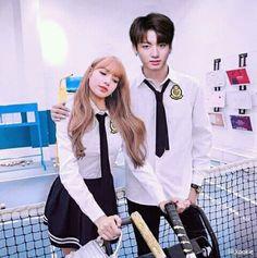 K Pop, When Youre In Love, Lisa Blackpink Wallpaper, Blackpink Members, Bts Girl, Vkook Fanart, Blackpink And Bts, Korean Couple, Jennie Blackpink