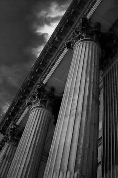 blenheimcolumns - Blenheim Palace, Oxfordshire. A black and white picture showing the magnificent stone columns at Blenheim Palace.  - Black and White Photography for Sale