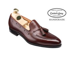 Crocket Vincent, a classic tassel loafer style on the excellent fitting 363 last. Made from the finest calf leather and bark tanned leather soles for the Men's Hand Grade Collection. Mens Loafers Shoes, Men S Shoes, Loafer Shoes, Derby, Men Dress, Dress Shoes, Business Casual Shoes, Crockett And Jones, Mens Fashion Wear