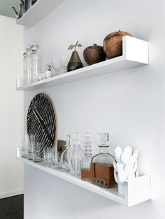 thin shelves. Home tour: Stylist Saša Antić