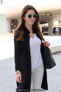 Jessica Biel Jessica Biel seen arriving at Los Angeles international airport (LAX) http://icelebz.com/events/jessica_biel_seen_arriving_at_los_angeles_international_airport_lax_/photo3.html