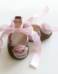 baby ballet shoes!