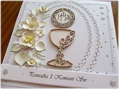 hania739: Pamiątka I Komunii Św. First Communion Cards, First Holy Communion, Quilling, Silhouette Projects, Cute Cards, Cardmaking, Scrapbooking, Frame, Communion Invitations