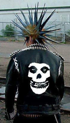 www.rockthefout.com Punk rock Mohawk guy