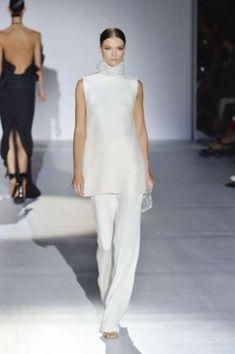 Abiti da sposa con pantaloni - Completo bianco di Gucci