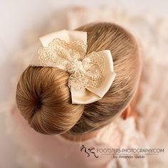Lace and pearls oversized bow, perfect on a bun