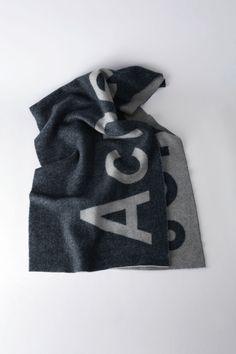 2a99f05273c5 Acne Studios, Écharpe en laine mélangée Toronty logo, Rose, Femme ...