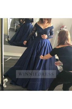 Sexy Navy Blue Ball Gown V-neck Lace Long Sleeve Prom Dress