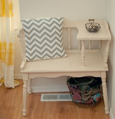 Little Gray Table Gossip Bench Make Over - throw pillow & basket underneath for shoes & flip flops Refurbished Furniture, Repurposed Furniture, Shabby Chic Furniture, Vintage Furniture, Painted Furniture, Rustic Furniture, Diy Furniture Projects, Home Furniture, Bench Furniture