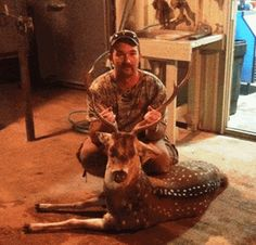 June 2013 Hunting Knife Winner ~ Michael Bishop, TX. Havalon Knives is pleased to announce that Michael Bishop from Texas, has won a free Havalon hunting and skinning knife set. Michael was eligible because he subscribed to our email news during the month of June.