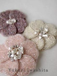 Bross payet n manik manik Tambour Beading, Tambour Embroidery, Couture Embroidery, Bead Embroidery Jewelry, Ribbon Embroidery, Beaded Jewelry, Embroidery Works, Beaded Flowers, Fabric Flowers