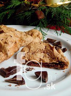 Čokoládové snehové obláčiky s kúskami čokolády