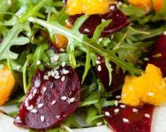 Salade express orange et betterave : http://www.fourchette-et-bikini.fr/recettes/recettes-minceur/salade-express-orange-et-betterave.html