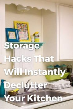 Organization and storage hacks for the kitchen. A great ideas to declutter your kitchen. Whether you have a small kitchen or a big one, this will come in handy. Konmari, Mason Jar Crafts, Mason Jar Diy, Kitchen Organization, Kitchen Storage, Organization Ideas, Cookbook Storage, Organizing Tips, Kitchen Pantry