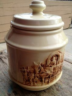 McCoy Frontier Family Western Cookie Jar from the by americanchina, $55.00 Mccoy Cookie Jars, Antique Cookie Jars, Antique Dishes, Vintage Dishes, Sweet Cookies, Biscuit Cookies, Fun Cookies, No Bake Cookies, Mccoy Pottery