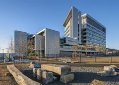 Spaulding Hospital by PerkinsWill Charlestown Boston Massachusetts USA 2013 Healthcare Architecture, Hospital Architecture, Healthcare Design, Architecture Design, Hotels, Hospital Design, Clinic Design, Property Design, Building Exterior