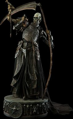 Exalted Reaper General Demithyle Legendary Scale™ Figure by Sideshow Collectibles