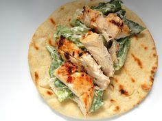Grilled Chicken Caesar Flatbreads, looks easy and yummy Think Food, I Love Food, Food For Thought, Grilling Recipes, Cooking Recipes, Healthy Recipes, Yummy Recipes, Wrap Recipes, Healthy Habits