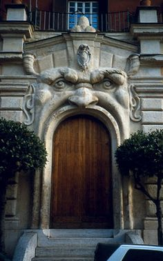♅ Detailed Doors to Drool Over ♅ art photographs of door knockers, hardware & portals - first impressions
