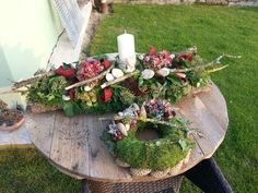 All Souls Arrangements / cemetery floral arrangements- Dušičkové aranžmány/cemetery floral arrangements All Souls Arrangements / cemetery floral arrangements - Autumn Wreaths, Christmas Wreaths, Christmas Decorations, Holiday Decor, Tree Crafts, Diy And Crafts, Art Floral Noel, Grave Decorations, Fall Flower Arrangements