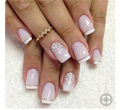 Nail Art with Dotting Tool: Step-by-Step Tutorial If you want to make nail art with dotting tool this article will give a great tutorial for good ideas, tips and hints ❤ See more at LadyLife ❤ Easy Nails, Simple Nails, Bridal Nails, Wedding Nails, French Nails, Mauve Nails, Nailed It, Manicure And Pedicure, Winter Nails