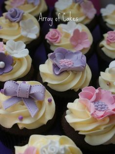 CUte cupcakes --- perfect for a baby shower!