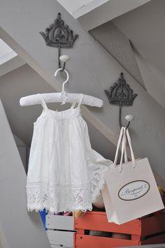 princesse coat hooks for baby room